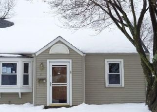 Foreclosed Home in Bristol 06010 MORRIS AVE - Property ID: 4522685194