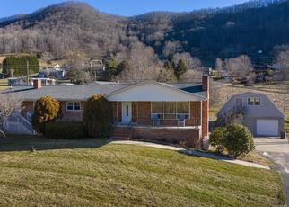 Foreclosed Home in Maggie Valley 28751 EVANS COVE RD - Property ID: 4522712355