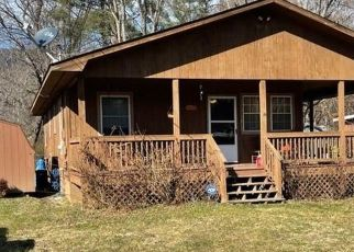 Foreclosed Home in Waynesville 28786 WESTWOOD CIR - Property ID: 4522713677