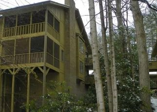 Foreclosed Home in Hendersonville 28791 LIVE OAK LN - Property ID: 4522731181