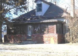 Foreclosed Home in Dewey 74029 E 5TH ST - Property ID: 4522801708