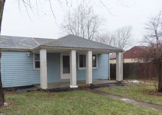Foreclosed Home in Muncie 47302 S HEMLOCK RD - Property ID: 4522833679