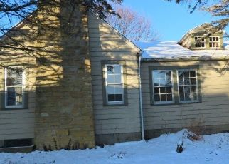Foreclosed Home in New Castle 47362 REDDINGDALE DR - Property ID: 4522835877