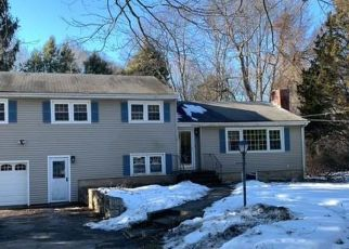 Foreclosed Home in Fairfield 06825 WEEPING WILLOW LN - Property ID: 4523069749