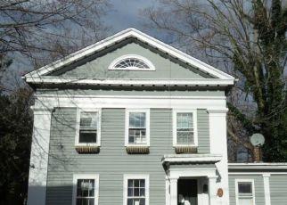 Foreclosed Home in Essex 06426 PRATT ST - Property ID: 4523074114