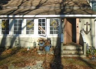 Foreclosed Home in Westbrook 06498 E POND MEADOW RD - Property ID: 4523075436