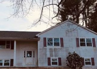 Foreclosed Home in Brooklyn 06234 RIVER FARM DR - Property ID: 4523081126