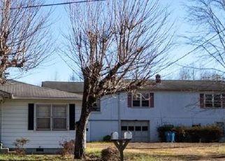 Foreclosed Home in Lenoir 28645 MORGANTON BLVD SW - Property ID: 4523119230