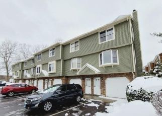Foreclosed Home in Meriden 06450 N COLONY ST - Property ID: 4523206842