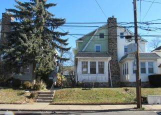 Foreclosed Home in Lansdowne 19050 BULLOCK AVE - Property ID: 4523260705