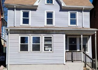 Foreclosed Home in Hagerstown 21740 SALEM AVE - Property ID: 4523356623