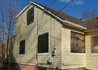 Foreclosed Home in Vineland 08360 TULIP ST - Property ID: 4523362756