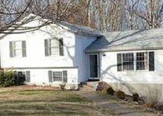 Foreclosed Home in Uncasville 06382 RICHARD BROWN DR - Property ID: 4523414877