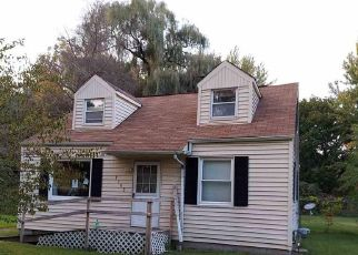 Foreclosed Home in Saginaw 48601 SARATOGA LN - Property ID: 4523449466