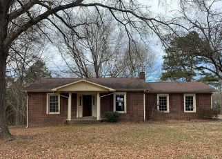 Foreclosed Home in Concord 28027 FLICKER ST - Property ID: 4523694742