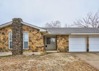 Foreclosed Home in Oklahoma City 73130 LLOYD AVE - Property ID: 4523747284