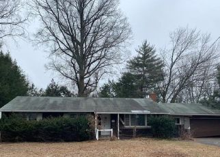 Foreclosed Home in Bloomfield 06002 BRENTWOOD DR - Property ID: 4523863801