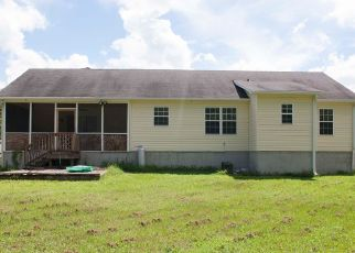 Foreclosed Home in Jacksonville 28540 FOREST BLUFF DR - Property ID: 4523877813