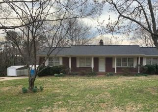 Foreclosed Home in Hickory 28601 7TH STREET DR NE - Property ID: 4523895325