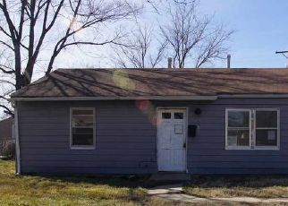 Foreclosed Home in Wichita 67216 S CEDARDALE AVE - Property ID: 4523915918
