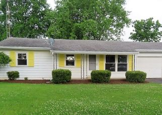 Foreclosed Home in Farmland 47340 N OLIVE ST - Property ID: 4523941757