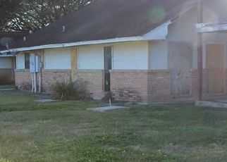 Foreclosed Home in Bay City 77414 PARK AVE - Property ID: 4523949640