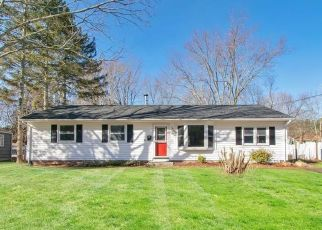 Foreclosed Home in Colchester 06415 PARK AVE - Property ID: 4524094157