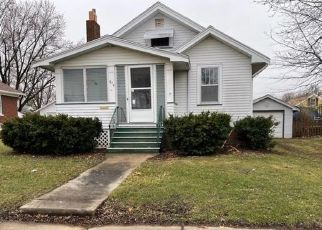 Foreclosed Home in Galesburg 61401 WARREN ST - Property ID: 4524185709