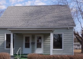 Foreclosed Home in White Hall 62092 CARSON ST - Property ID: 4524264987