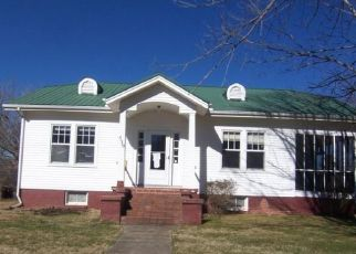 Foreclosed Home in Bluff City 37618 CEDAR ST - Property ID: 4524340750
