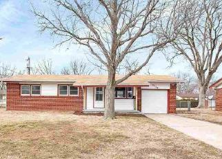 Foreclosed Home in Wichita 67217 S MARTINSON AVE - Property ID: 4524380602