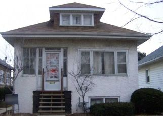 Foreclosed Home in Berwyn 60402 WENONAH AVE - Property ID: 4524391547