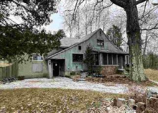 Foreclosed Home in Iron Mountain 49801 BASS LAKE RD - Property ID: 4524489210