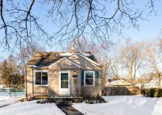 Foreclosed Home in Redford 48239 WAKENDEN - Property ID: 4524507616