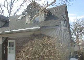 Foreclosed Home in Racine 53403 COOLIDGE AVE - Property ID: 4524577693