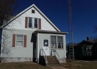 Foreclosed Home in Belleville 62221 N INDIANA AVE - Property ID: 4524768200