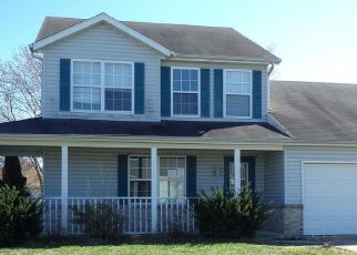 Foreclosed Home in Belleville 62221 CONIFEROUS DR - Property ID: 4524852294