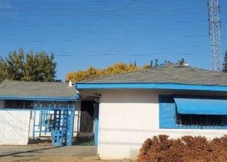 Foreclosed Home in Sacramento 95823 50TH AVE - Property ID: 4524879448