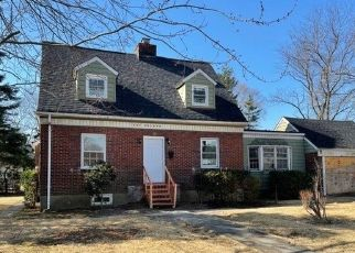 Foreclosed Home in Hempstead 11550 HELENA DR - Property ID: 4524913620