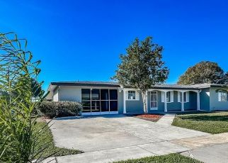Foreclosed Home in Port Charlotte 33952 BEACON DR - Property ID: 4525045445