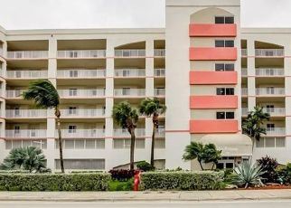 Foreclosed Home in North Miami Beach 33160 N BAY RD - Property ID: 4525055970
