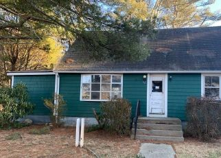 Foreclosed Home in Westport 02790 OAKLAND ST - Property ID: 4525137421