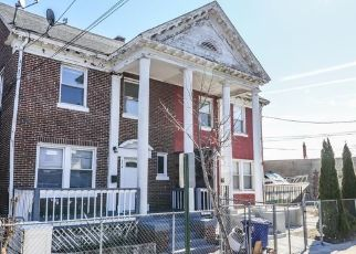 Foreclosed Home in Bridgeport 06610 EAST AVE - Property ID: 4525139165