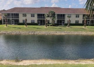Foreclosed Home in Fort Myers 33912 W HYDE PARK DR - Property ID: 4525204425