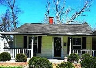 Foreclosed Home in Pacific 63069 W CONGRESS ST - Property ID: 4525205300