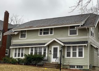 Foreclosed Home in Cedar Rapids 52403 FOREST DR SE - Property ID: 4525243857