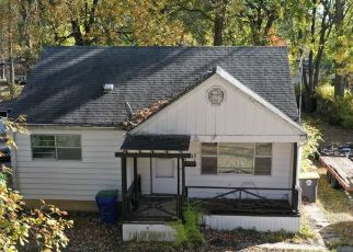 Foreclosed Home in Fort Wayne 46806 PLAZA DR - Property ID: 4525246476