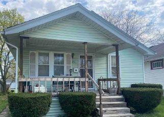 Foreclosed Home in Fort Wayne 46806 WINTER ST - Property ID: 4525247349
