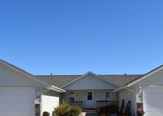 Foreclosed Home in Tiffin 52340 IRIS AVE - Property ID: 4525273636