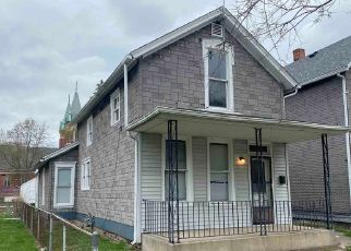 Foreclosed Home in Fort Wayne 46808 3RD ST - Property ID: 4525635843